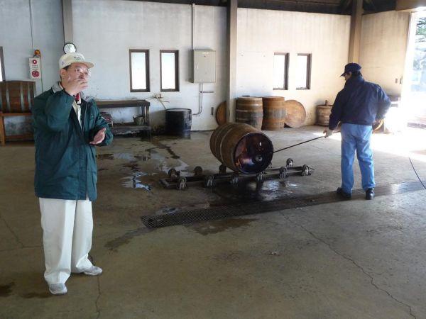 「リチャー場」 30〜40年使われてきた樽をもう一度焼くことで再生します。