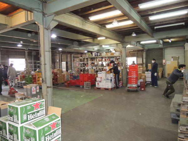 倉庫内のアイテムは約3000!膨大な数の商品があります。